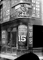 Maison_-_Enseigne_de_rémouleur_-_Paris_04_-_Médiathèque_de_l'architecture_et_du_patrimoine_-_APMH00004698
