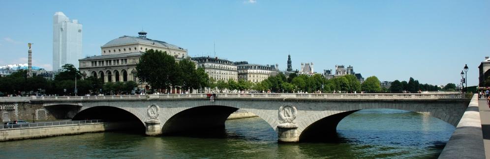 France_Paris_Pont_au_Change_01