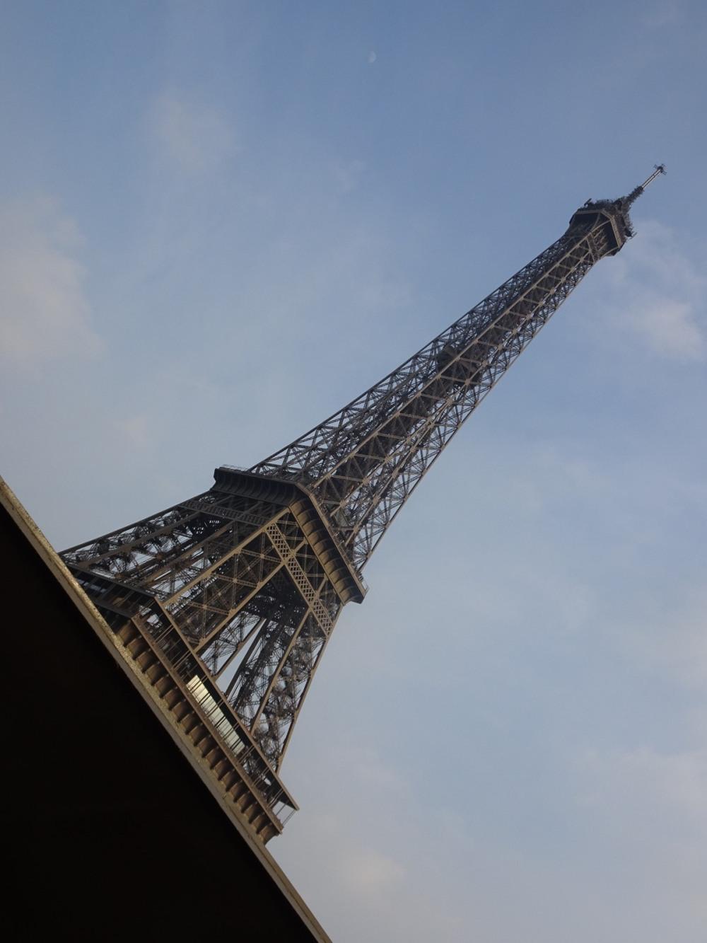 001 Eiffel torony